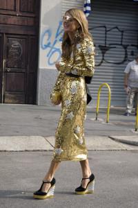 золотистое платье фото