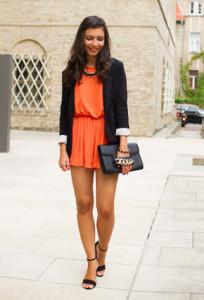 С чем носить оранжевое платье фото