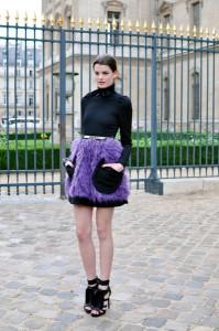 С чем носить фиолетовую юбку фото