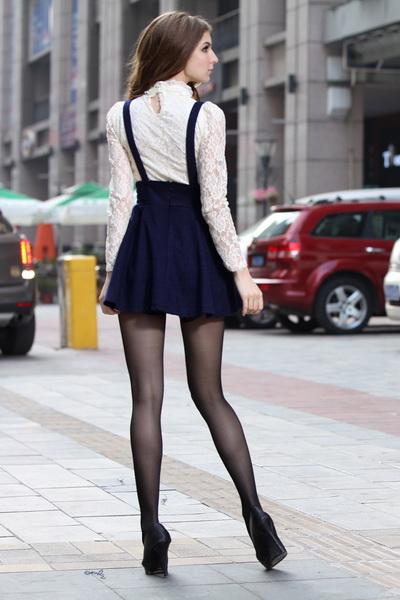Женская юбка с подтяжки