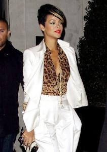 с чем носить леопардовую блузку фото