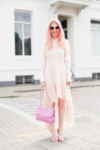 сумка розового цвета