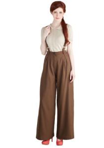 одежда коричневого цвета