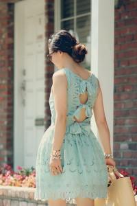 с чем носить мятное платье фото