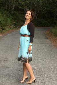 с чем носить платье бирюзового цвета
