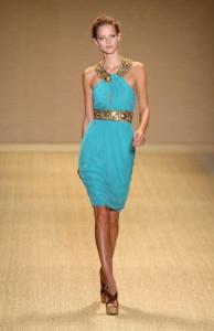 платье бирюзового цвета фото