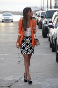 С чем носить оранжевый пиджак фото