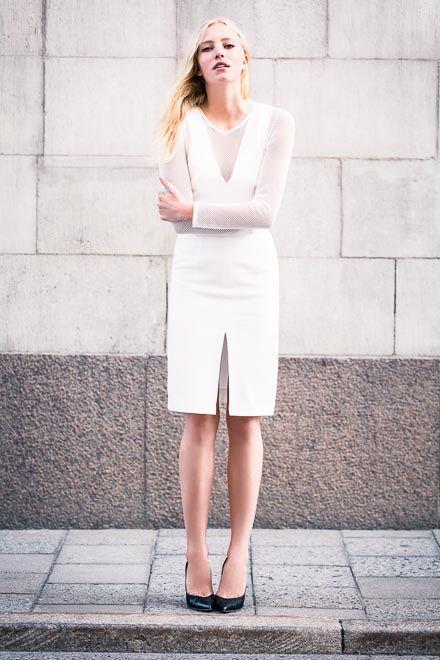 Белое платье-футляр (8999) - купить оптом в интернет-магазине