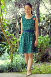 Какая обувь подходит к зеленому платью