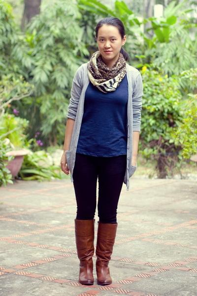 Серый тон в одежде — всегда стильно и модно новые фото