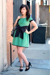 Какие туфли подходят к зеленому платью фото
