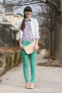 С чем носить брюки светло-зеленого цвета