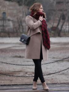 какой шарф носить с пальто фото