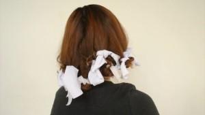 накручивать волосы на папильотки
