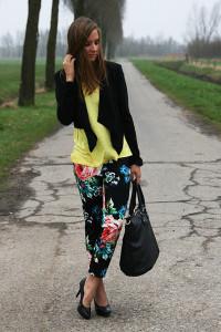 штаны в цветочек