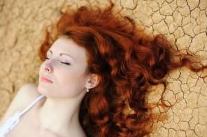 Покраска волос хной