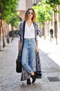 C чем носить джинсы-mom