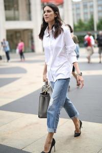 С чем носить подвернутые джинсы
