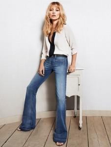 кому идут джинсы клеш