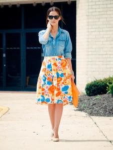 с чем носить цветочную юбку фото
