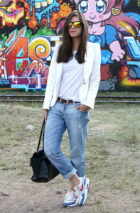 Streetstyle-nike-air-max-boyfriend-jeans-trend