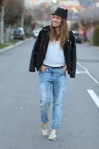 cozbest-jeans-romwecom-hat-romwecom-jacket-romwecom-shirt-zara-loafers_400