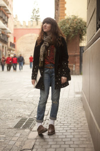 doc-martens-shoes-velvet-free-people-coat-boyfriend-zara-jeans_400