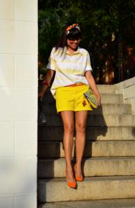 с чем носить желтые шорты фото