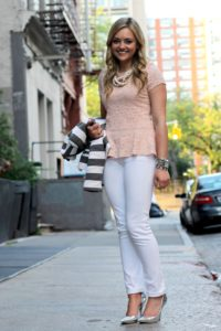 Peach-Lace-Top-with-White-Jeans-and-Silver-Pumps