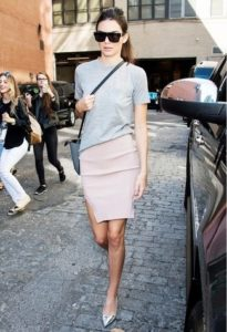 crew-neck-t-shirt-pencil-skirt-ballerina-shoes-large-13718