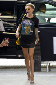 miley-cyrus-leather-skirt-rocker-t-shirt-london-h724
