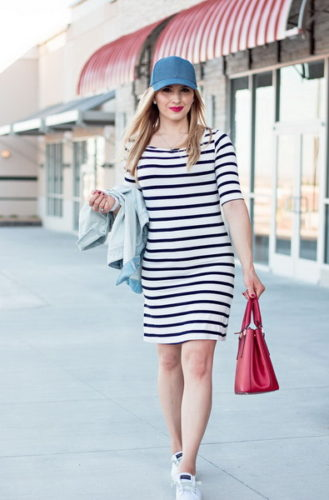 striped-dress-outfit